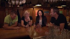 De speld in de hooiberg - aan de bar
