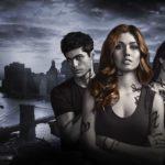 Yes! Het derde seizoen van Shadowhunters gaat op 21 maart op Netflix verder