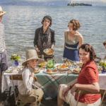 In april op NPO Plus: 2 seizoenen van 'The Durrells in Corfu'